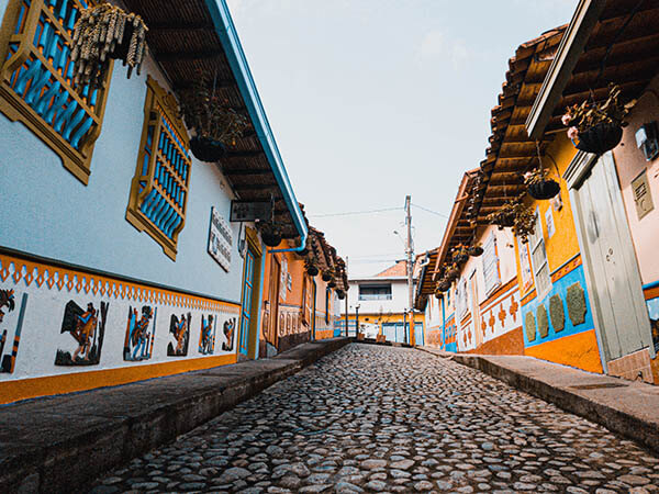 Calles del Pueblo de Guatapé Antioquia