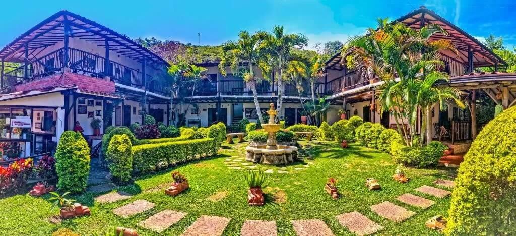Hotel campestre Casona del Camino Real